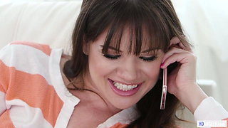 Having sex while on phone - Alison Rey and Isabella Nice