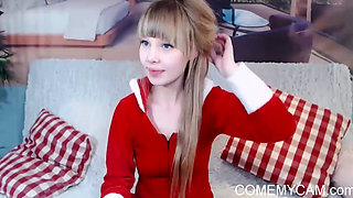 European teen celebrates christmas on webcam with you