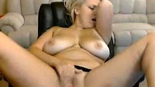 Big boobs blonde babe cameltoe 18