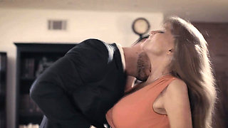 Oldie Darla had sex with the young boss Seth Gamble