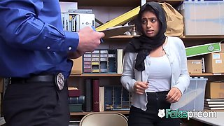 Naughty chick with a turbant is caught stealing by horny mall cop