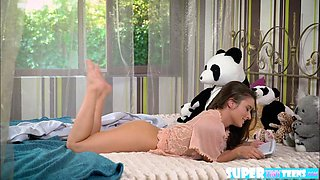 Anita Bellini gets bang in the kitchen by his lover big cock