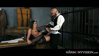 Prisoner Cathy Heaven seduces dude and rides his big dick