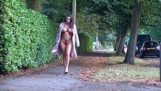 Sexy stroll