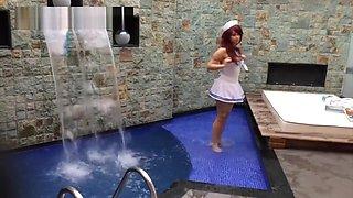GweenBlack Teasing Hotel Swimming Pool