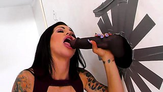 Married Melissa Lynn Cheats With Big Black Cock - Gloryhole