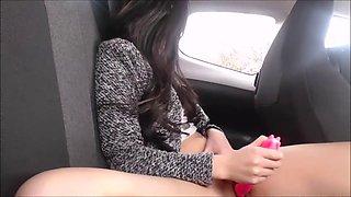 Missreinat - horny in my car