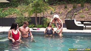 Dana Dearmond and Krissy Lynn seduce a guy for an outdoor threesome