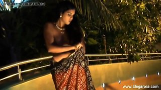Exotic Indian MILF Seduction