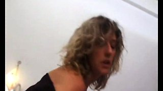 French milf Anais loves anal