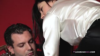 LaSublimeXXX Sofia Cucci gets her asshole stretched