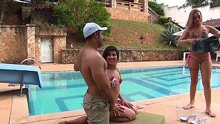 Beautiful bikini girls from Brazil share a dick outdoors