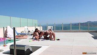 Nice ass lesbian Jade in bikini fingered at the pool