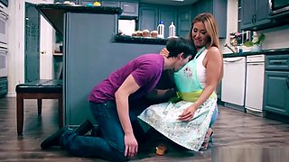 Kianna Dior Gets Pounded In The Kitchen