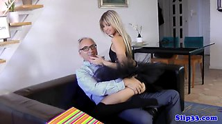 European petite pussylicking MILF in threeway