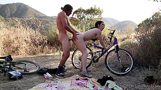 Sporty girl and her man bike to a sexy spot for hot fucking