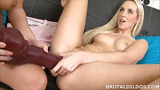 Kinky Lilith Lee gapes Jenny Simons pussy with massive dildos