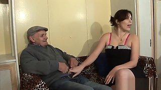Old men vs young holes - Telsev