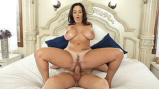 Stepmom has huge knockers and son loves it! - Ava Addams