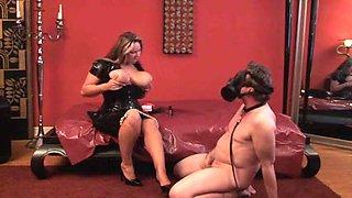 Mistress und Arschsklave