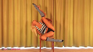 Flexible Russian babe Yulia is masturbating her pussy in different positions