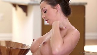 Professional lover Abigail Mac gives the best ever nuru massage