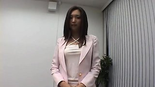 Strict boss punishes her worker by titillating her