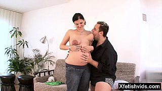 Brunette pregnant hardcore with facial