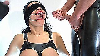 Sluts in latex suck and fuck