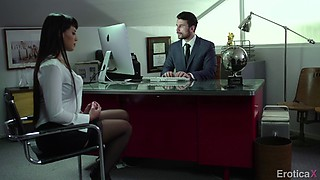 Office guy gladly gives his cock to exotic babe with a shaved pussy