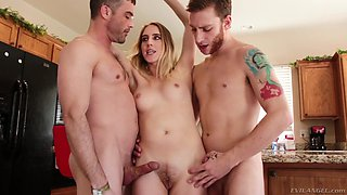 Irresistible Cadence Lux and her two friends like to please each other