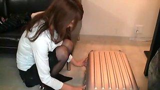 Fabulous Japanese model in Horny Blowjob/Fera, Stockings/Pansuto JAV clip