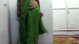 Aunty Seductive Wall Dance
