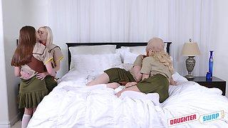 experienced lesbians teach newbies