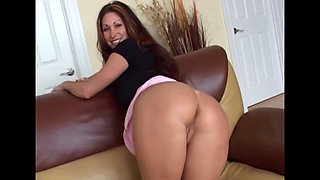 Big ass slut enjoys a big ass cock