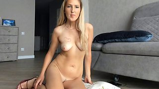 Ameli xs cam bitch tampon insertion