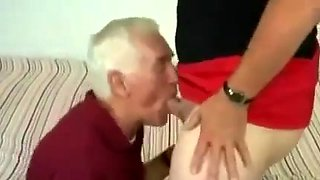 Old wolf fucked a crossdresser chubby scene 2