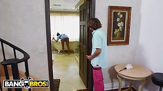 bangbros - milf julia ann stepmom threesome with latina maid abby lee brazil