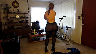 Booty girl will make your cock explode