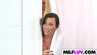 Cheating MILF Lezley Zen Gets Fucked