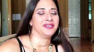 Arabic spanish enjoying milf with bbc