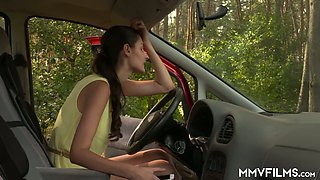 Incredibly horny leggy German beauty Lullu Gun gets nailed in the car service station