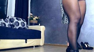 Pantyhose show (part 1)