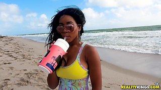 Kinky shagging session with alluring ebony chick Jenna J Foxx