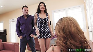 Brenna Sparks and Richelle Ryan want to make a hunk's dick hard