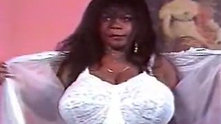 Fine and lascivious classic black woman with BBW type body