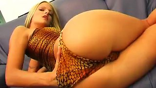 a rough anal for a sexy blonde with a great ass