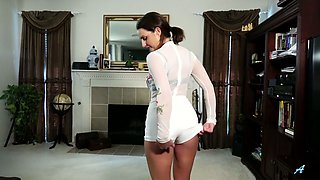 Insatiable housewife Alice Potts is fucking her pussy and anus on the floor