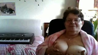 One perverted granny showed me her saggy big boobs