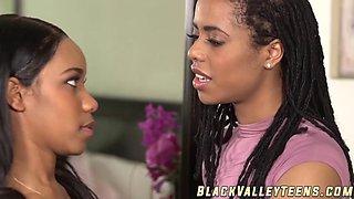juicy ebony teens jenna foxx and kira noir like one on one